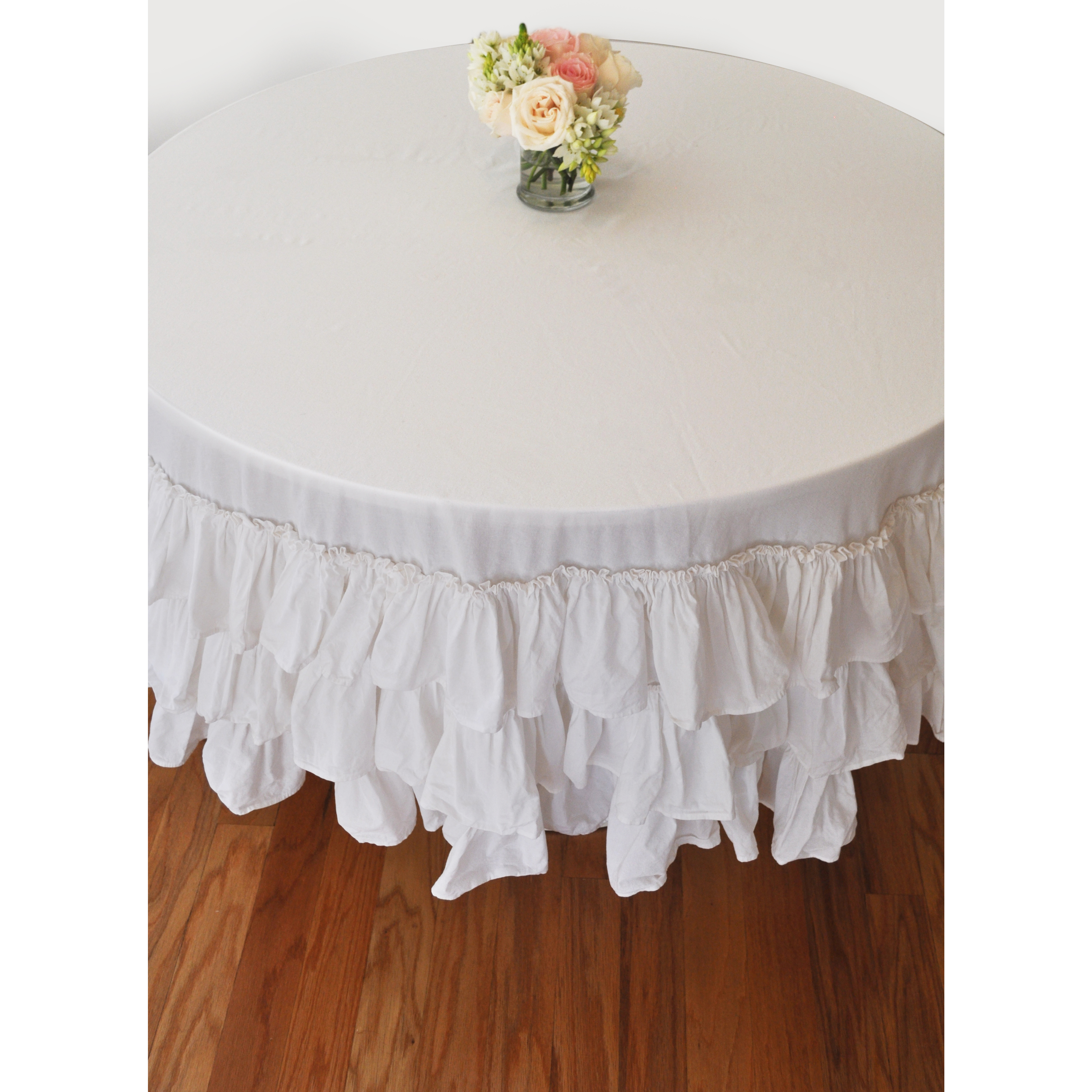 White Ruffle Round Tablecloth: MODERN LOLA
