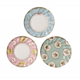 Frills and Frosting Dessert Paper Plates